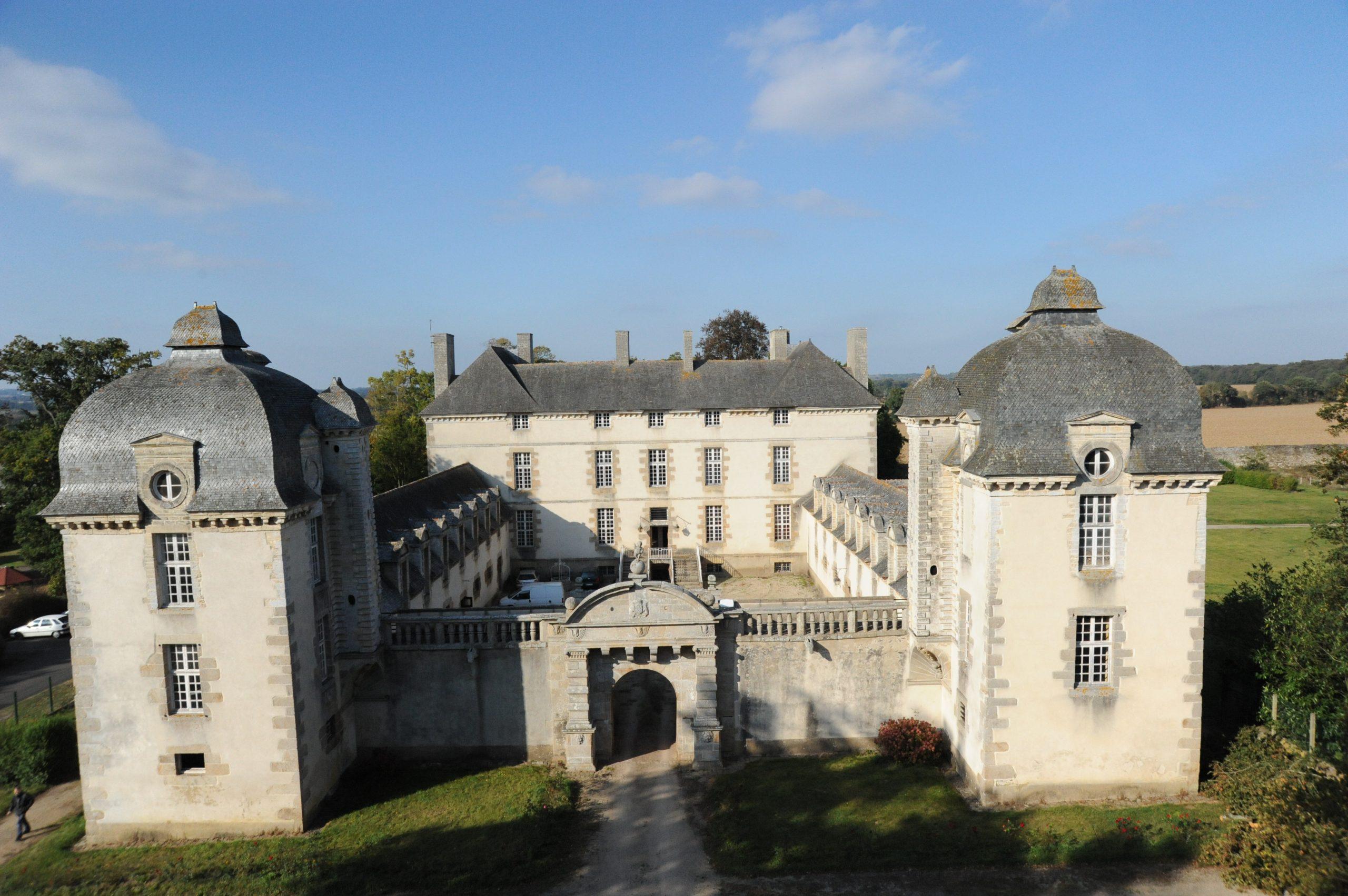 chateau de beaumanoir scaled