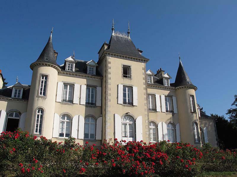 chateau de fontenaille